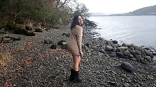 Shameless indian hottie has risky sex in public wits the lake while strangers watch desi chudai POV Indian